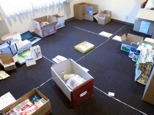 会議室の物資仕分けスペース