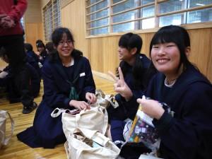 中学生の皆さんも最高の笑顔をくれました!(2)